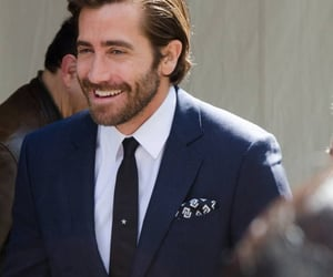 jake gyllenhaal and this is a crime image