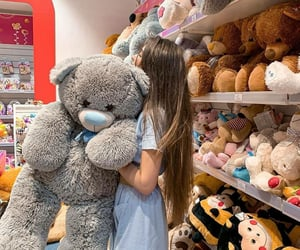 girls love and teddy bear image