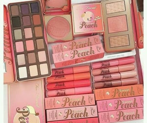 makeup, luxury, and pink image