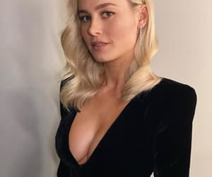 actress, total black, and brie larson image