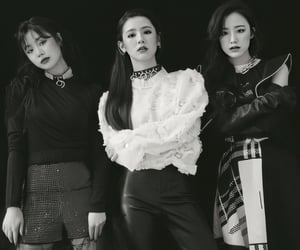 asian, soojin, and miyeon image