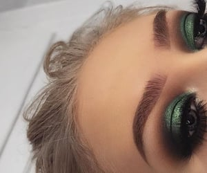 makeup, green, and eyebrows image