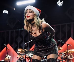 Taylor Swift, lover, and christmas image
