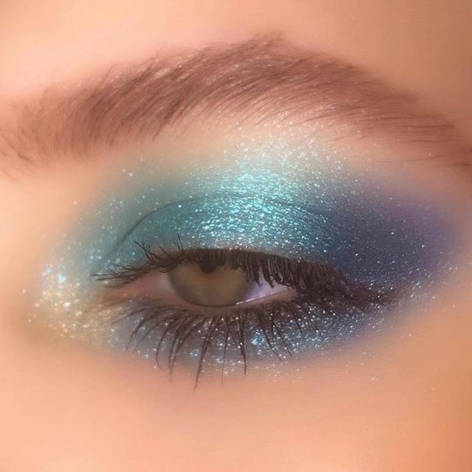 makeup, blue, and eye image