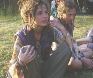 chicas, happy, and hippies image