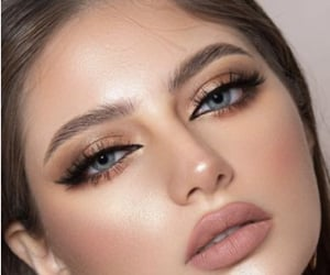 beauty, blue eyes, and eyeshadow image