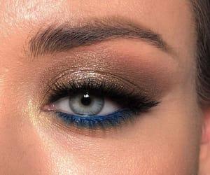 eyeshadow and make image