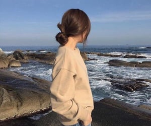 girl, aesthetic, and sea image