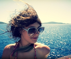 girl, free, and sunglasses image