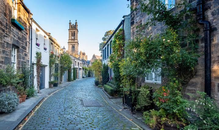 United Kingdom, article, and edinburgh image