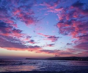 atardecer, mar, and pink image