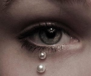eye and pearls image