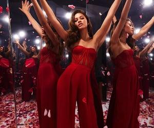 zendaya, red, and celebrity image