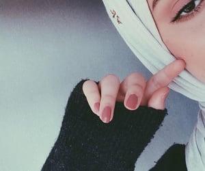 girl, بُنَاتّ, and حجاب image