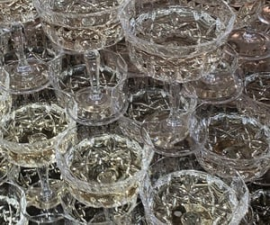 champagne, drink, and crystal image