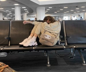 madison beer, fashion, and airport image