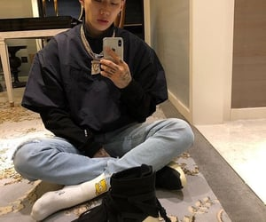 jay park and selfie image
