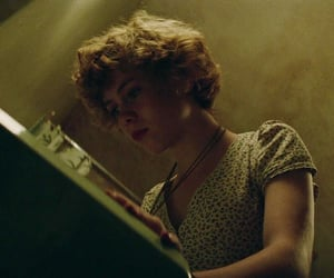 actress, the losers club, and sophia lillis image