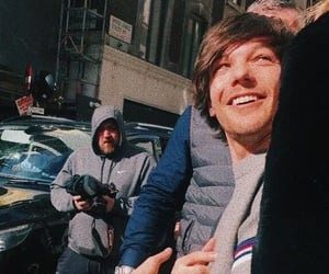 tommo, louis tomlinson, and one direction image