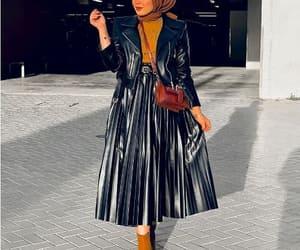 leather pleated skirt image
