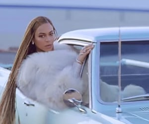 car, queen b, and formation image
