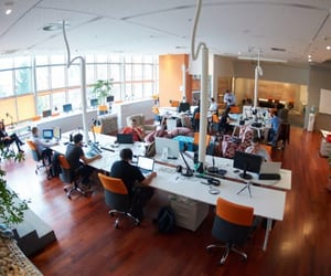 startup office space, coworking office spaces, and business centre in munbai image