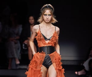 fashion, dundas, and Couture image
