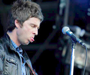 god, noel gallagher, and oasis image