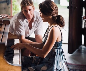 miley cyrus, piano, and romantic image