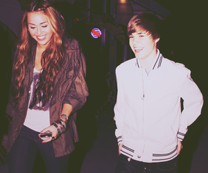 celebrities, miley cyrus, and justin bieber image