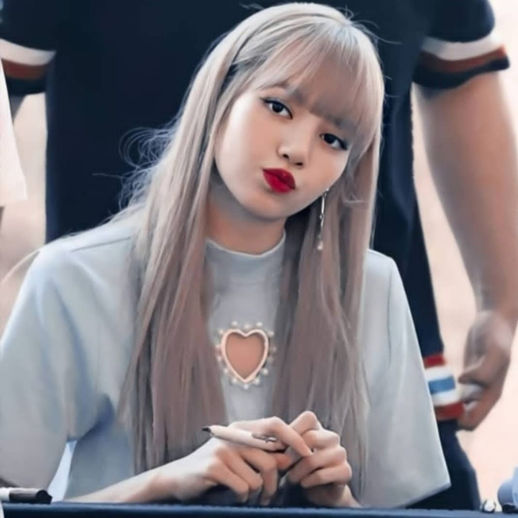 kpop, lisa, and jennie image