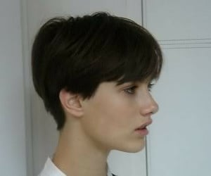 haircut, hairstyle, and short hair image