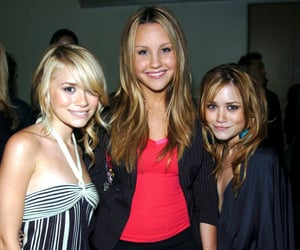 amanda bynes, ashley olsen, and olsens image
