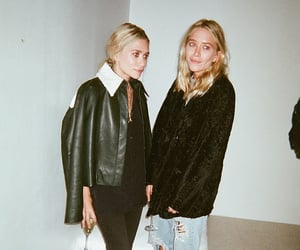 ashley olsen, twins, and olsens image
