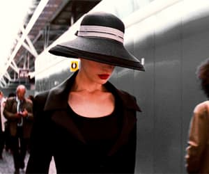 Anne Hathaway, selina kyle, and DC image