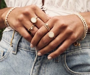 accessoires, bracelets, and jewelry image