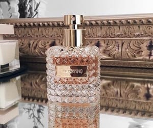 aesthetic, luxe, and parfume image