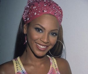 beyoncé, 90s, and pink image