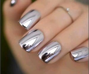 маникюр ногти image