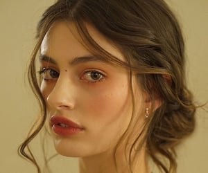 diana silvers image