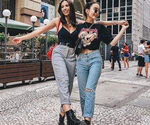 best friends and outfit image
