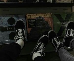 music, vans, and grunge image