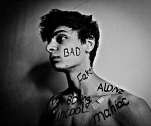 alone, fake, and ﺭﻣﺰﻳﺎﺕ image