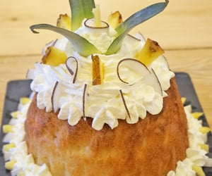 ananas, french pastry, and fruits exotiques image