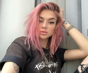 pink hair, hair color, and cabelo rosa image