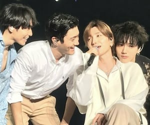 Leeteuk, superjunior, and 슈퍼주니어 image
