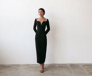 black, glamour, and vestido image