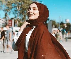 profil, fashion, and hijab image