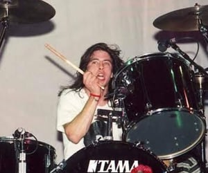 dave grohl, foo fighters, and drummer image