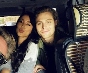 couple and 5sos image